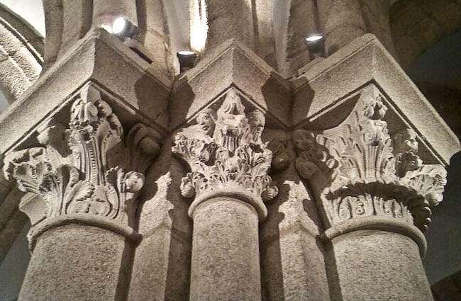 capiteles_cripta