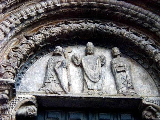 Escena de la puerta sur