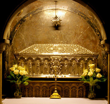 tumba-apostol
